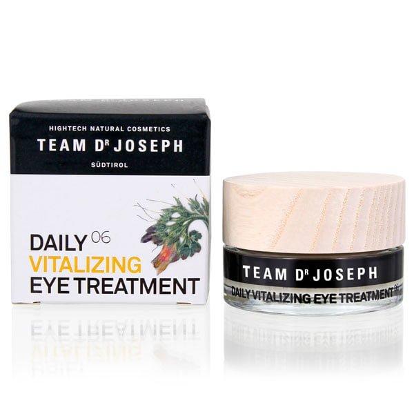 Daily vitalizing eye treatment 06