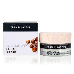 Exfoliating facial scrub 00